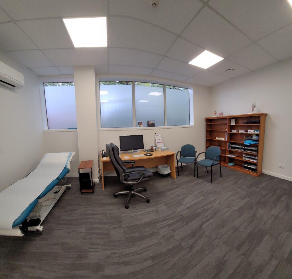 Bulent Yaprak plastic surgeon consultation room
